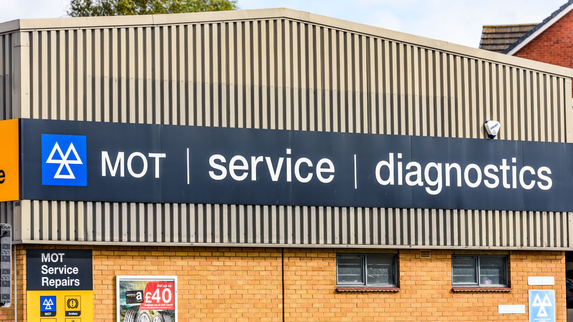 UK drivers let MOT lapse