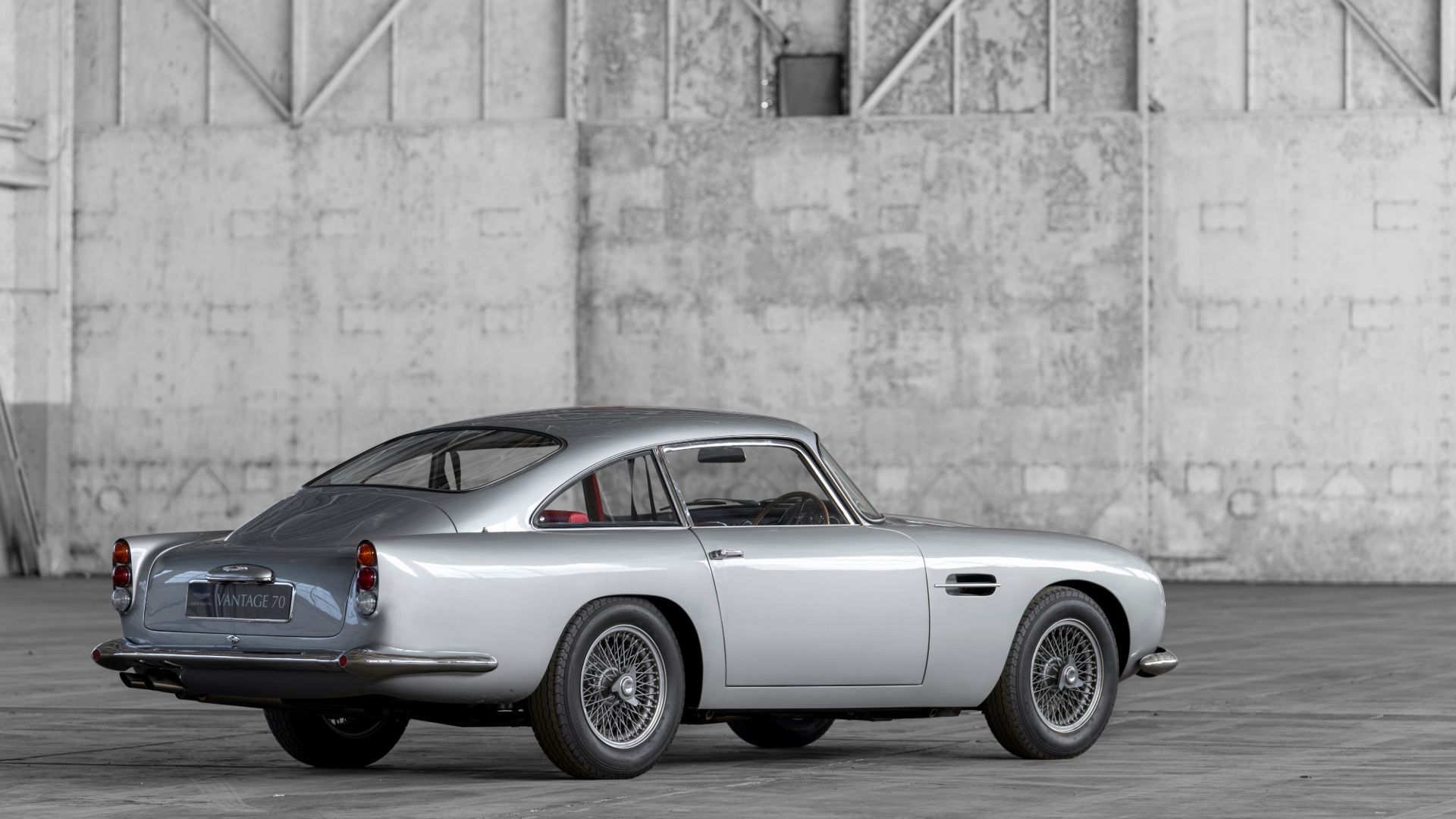 DB4 Vantage: Ad-vantage Mr Bond
