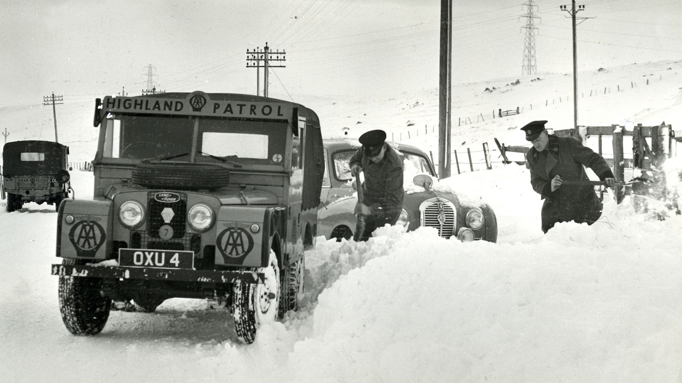 Land Rover AA
