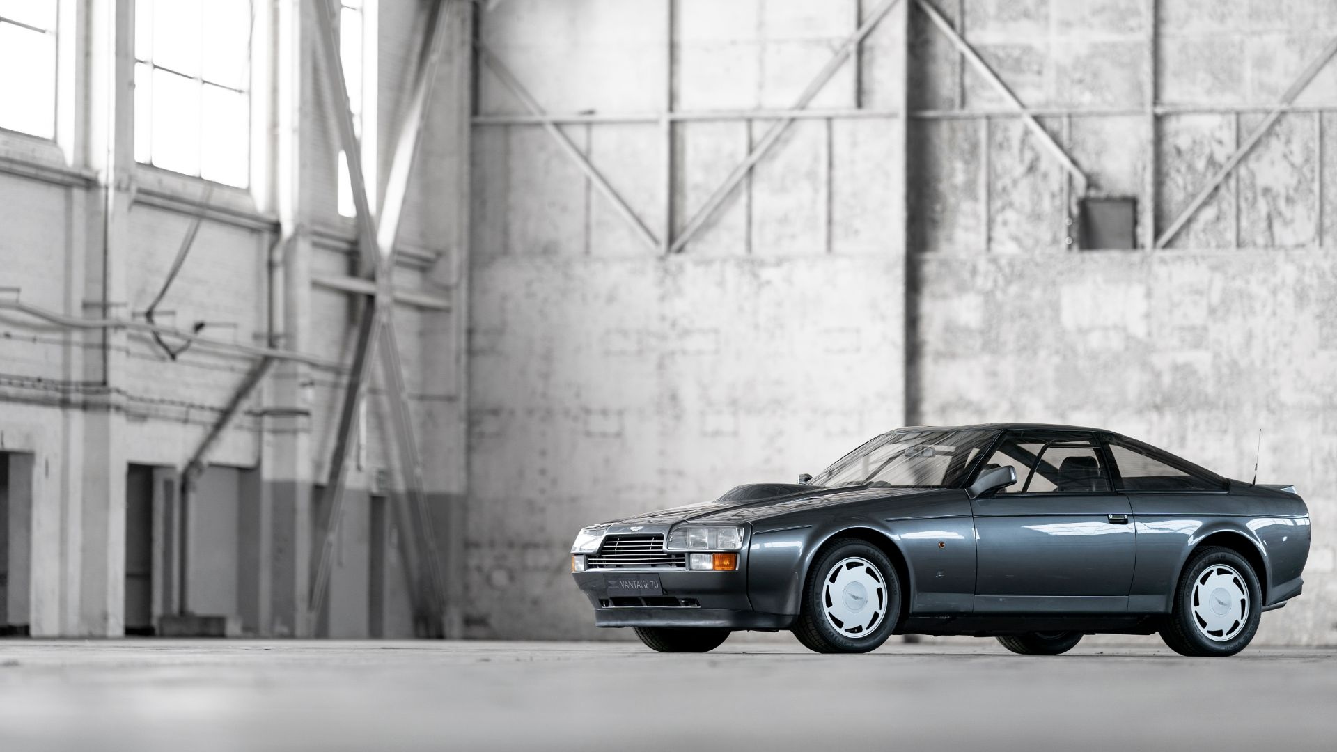 V8 Vantage – Embracing aero, re-introducing Zagato