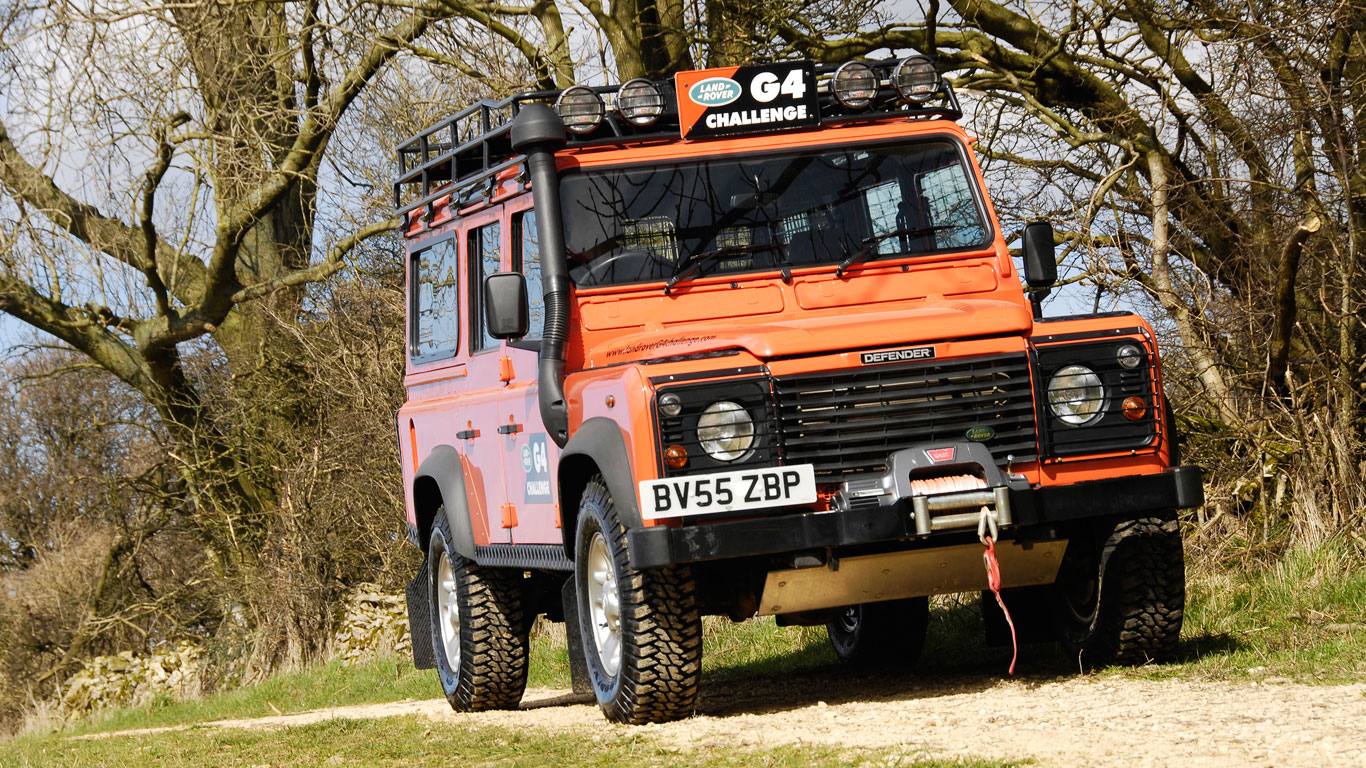 Land Rover Defender G4