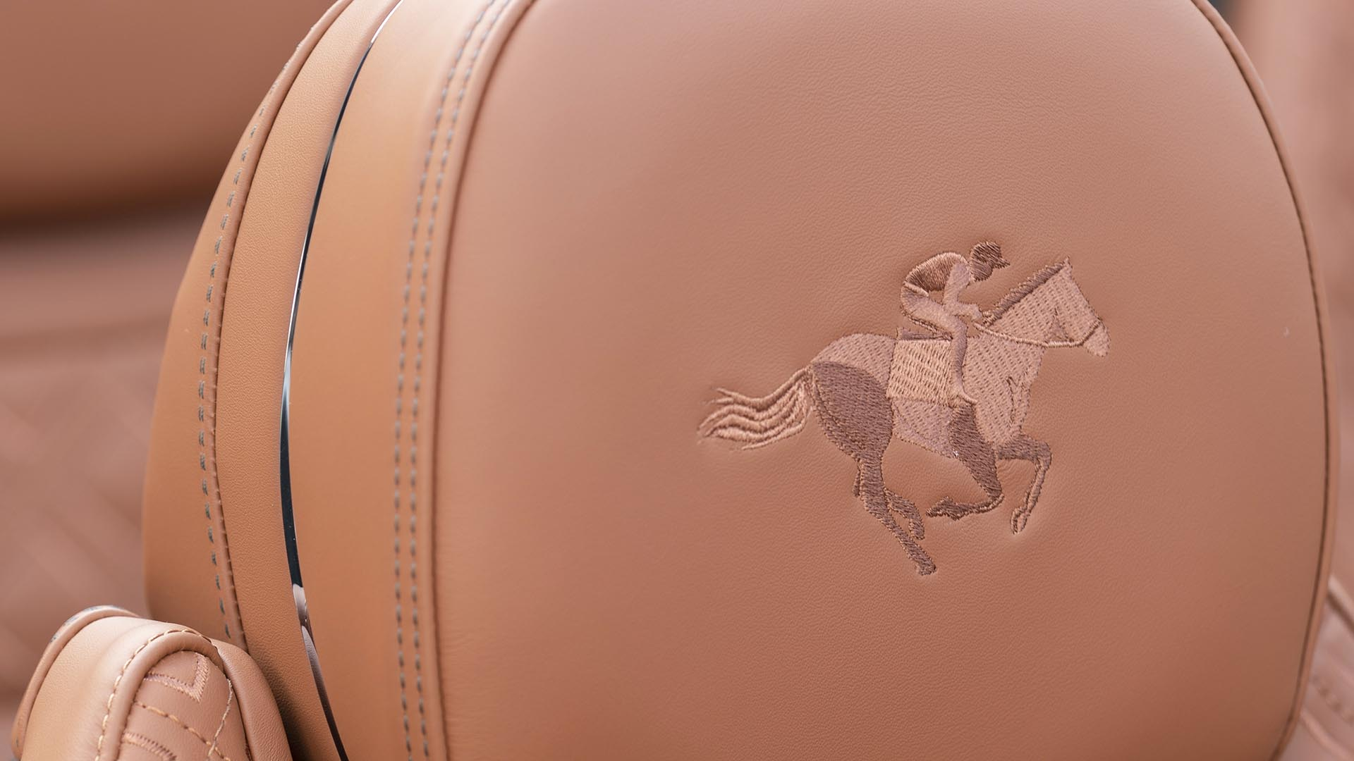 Bentley horse and rider