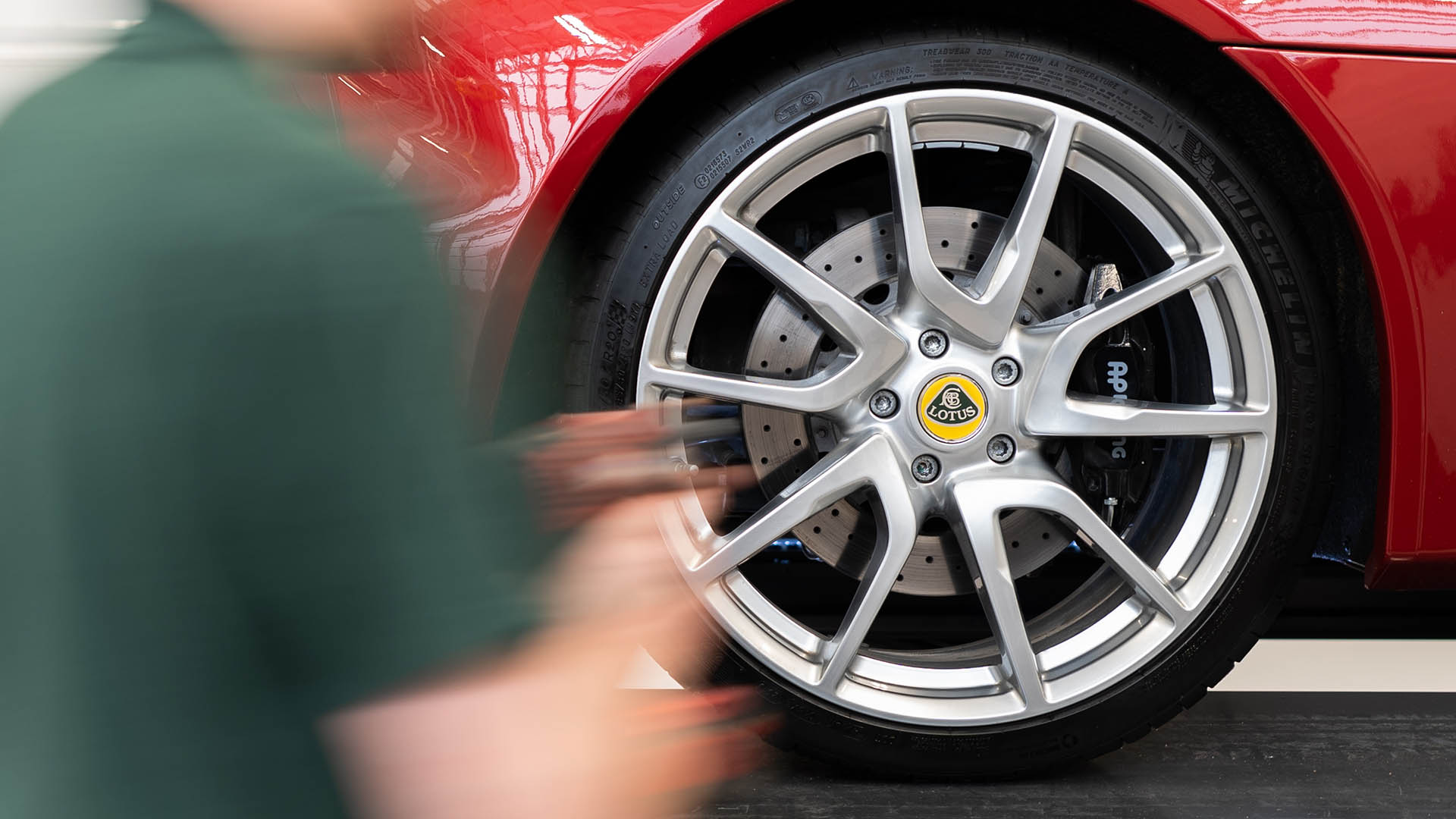 Cost of servicing Lotus Elise halved