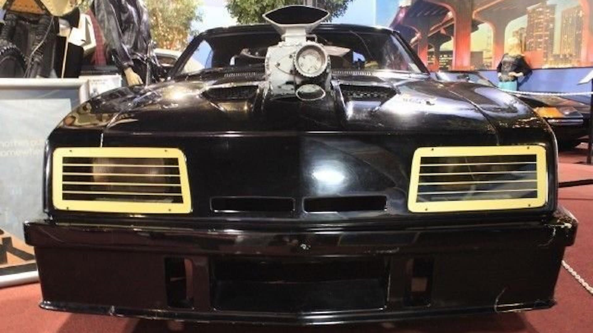 Mad Max V8 Pursuit Special