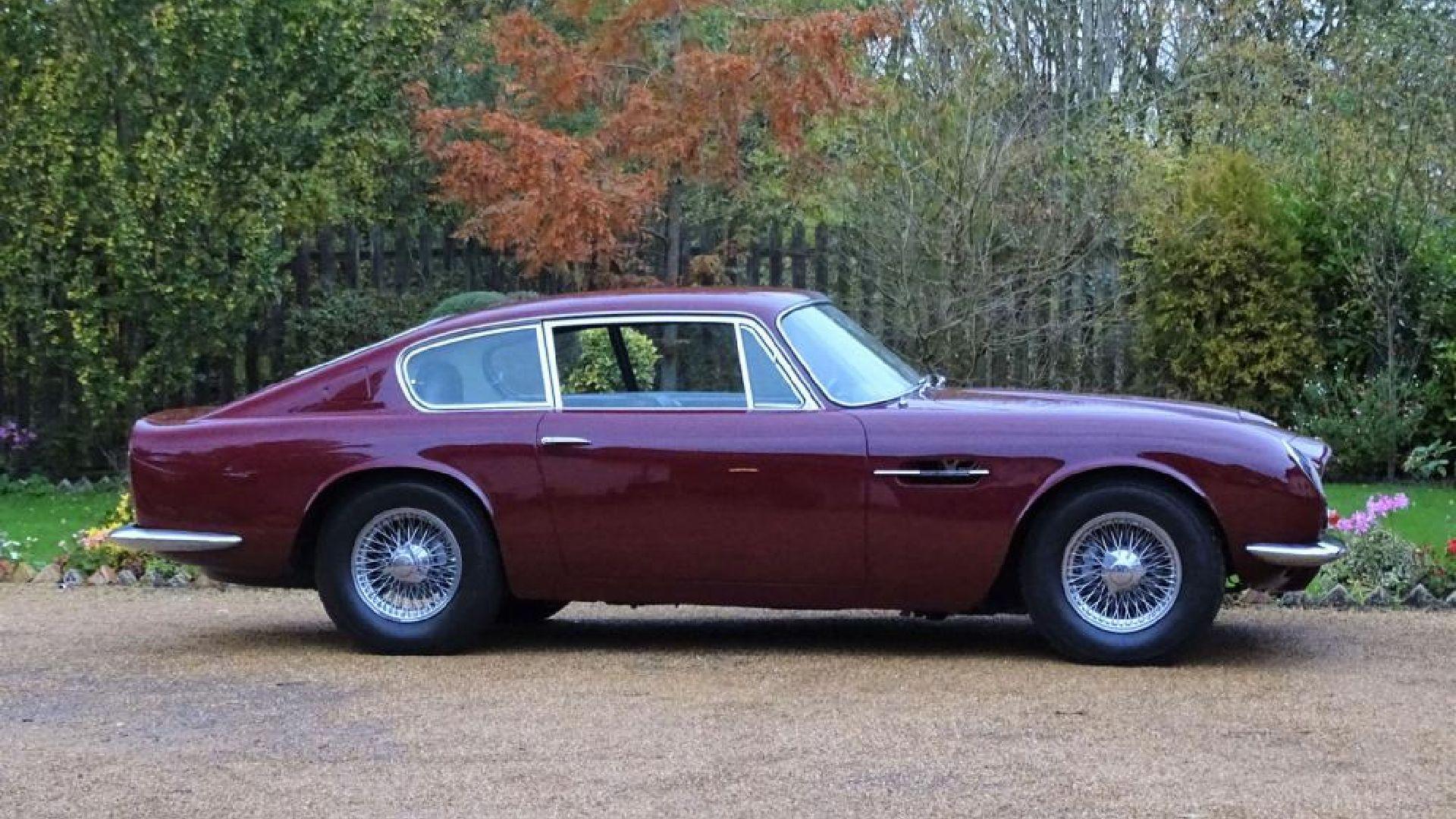 Aston Martin DB6 Prince Charles