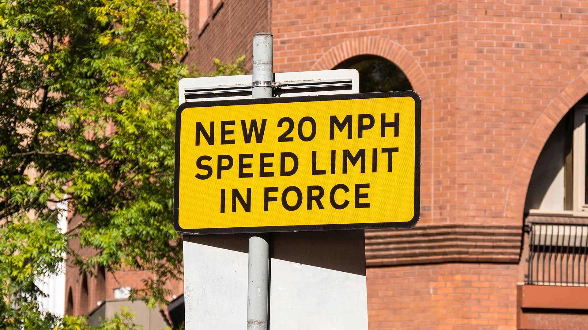 New 20mph speed limit in force road sign