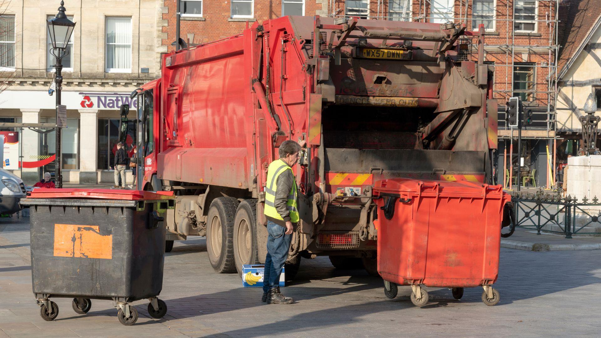 Bin lorries to play ice cream van music