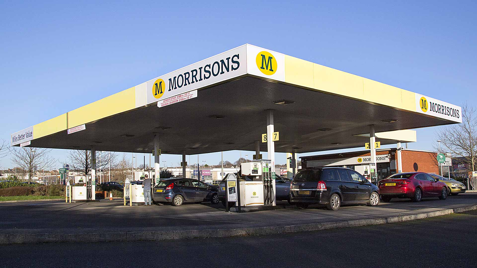 Morrisons fuel filling station