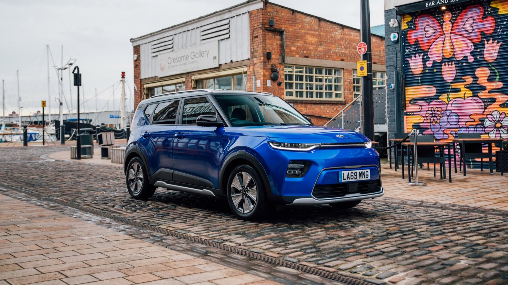 kia soul ev review a sensible first electric car kia soul ev review a sensible first