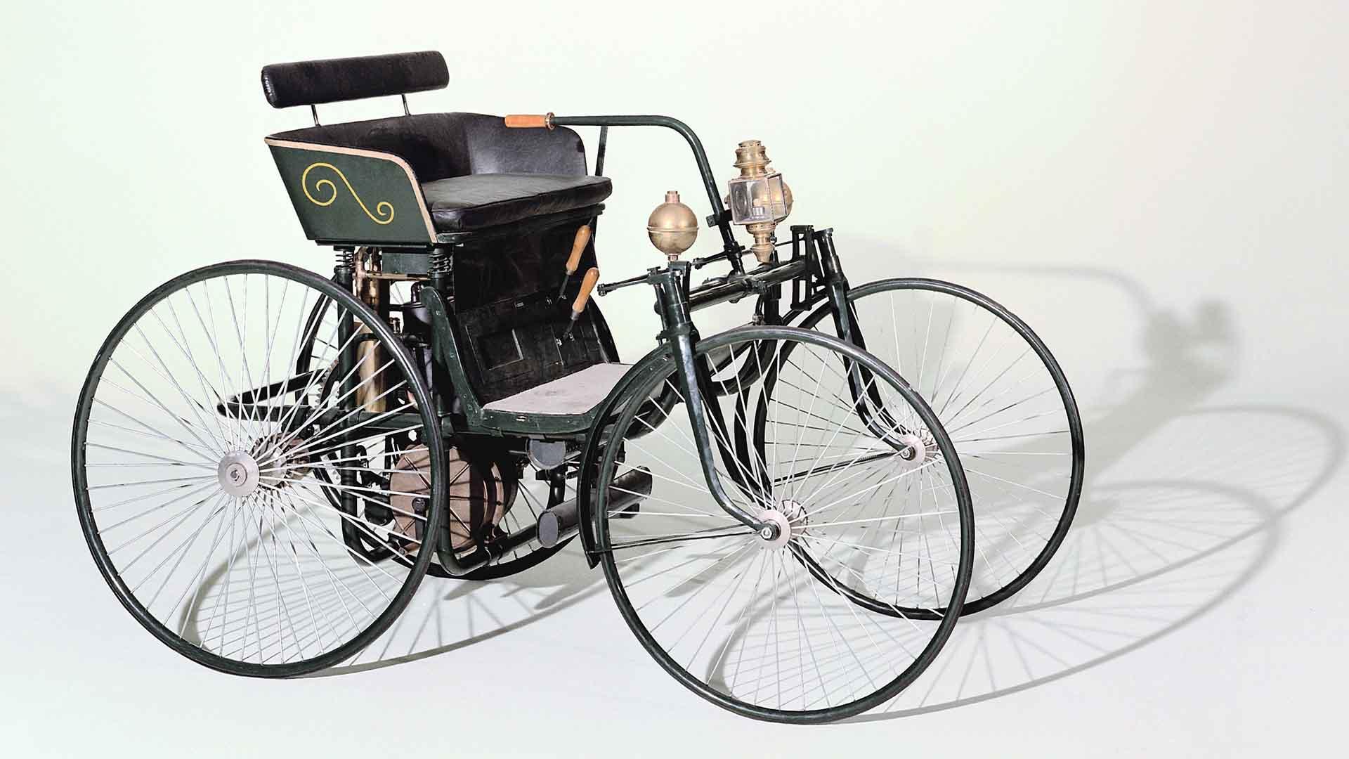 Daimler steel-wheeled car