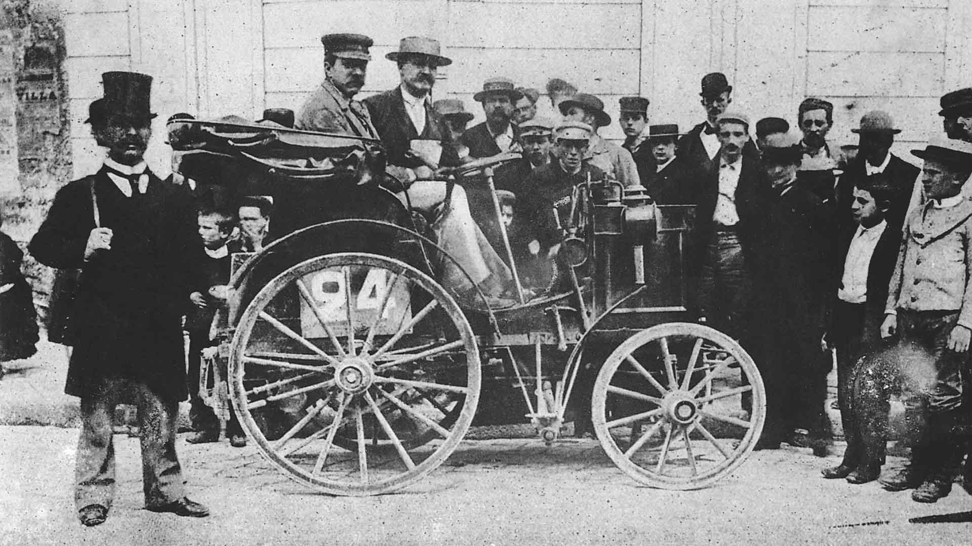 Alfred Vacheron invents the wheel
