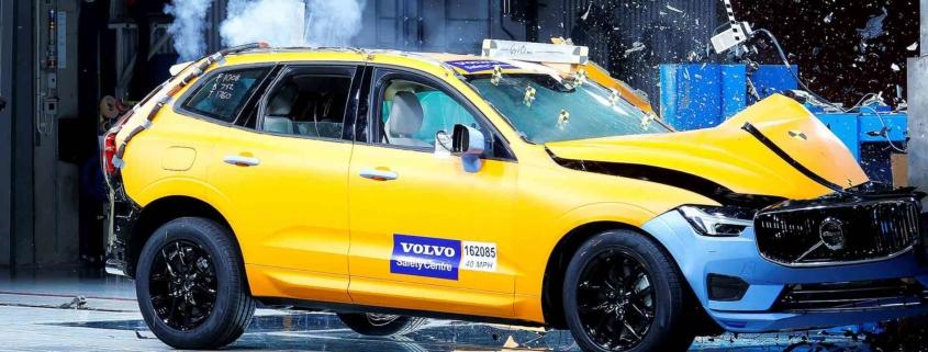 Volvo XC60 safety crash test