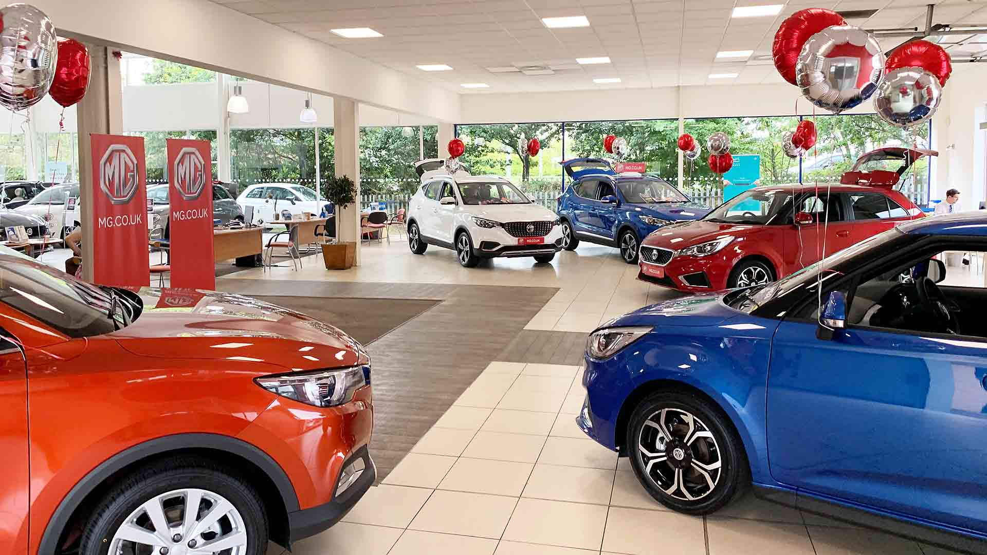 MG UK auto retail showroom