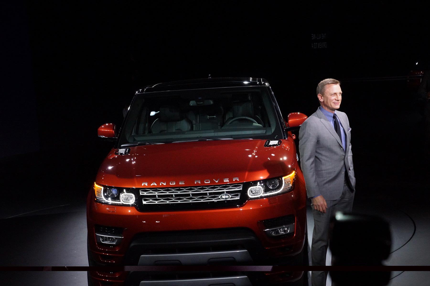 Daniel Craig launches the new Range Rover Sport