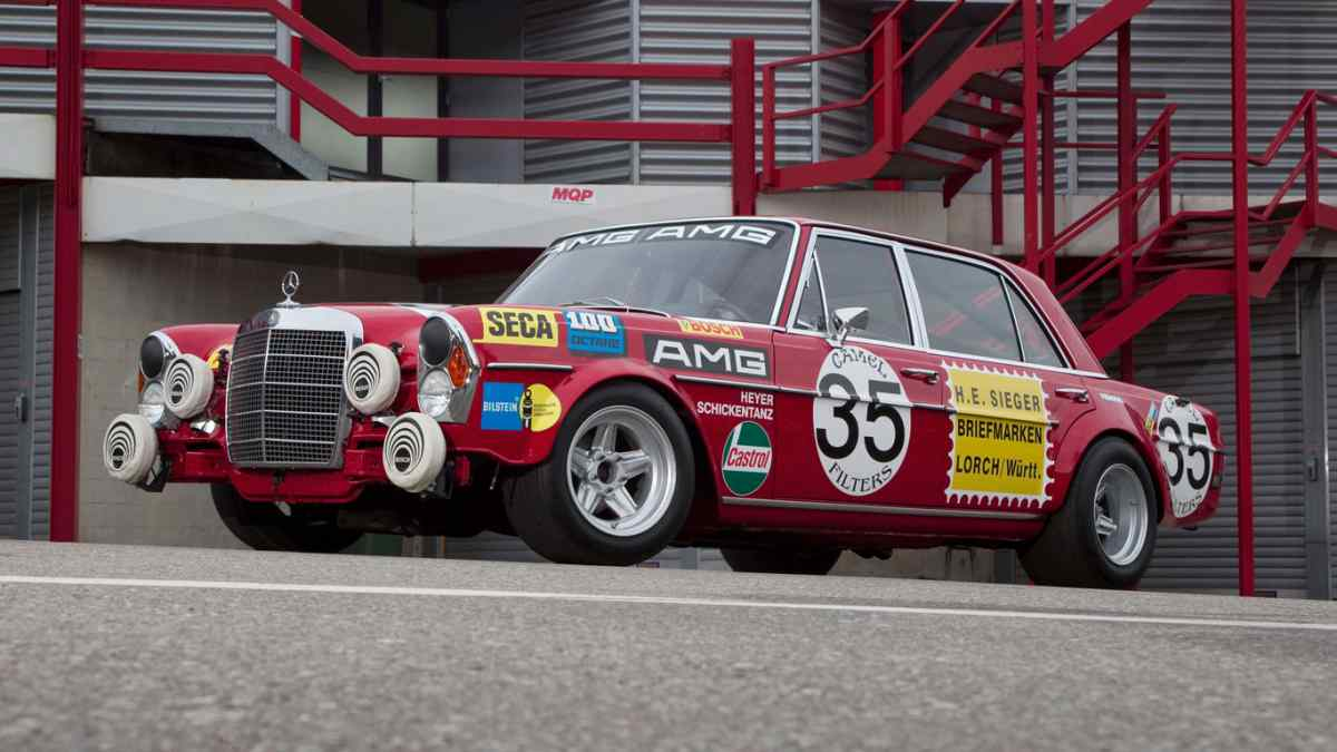 AMG 300 SEL 'Red Pig'