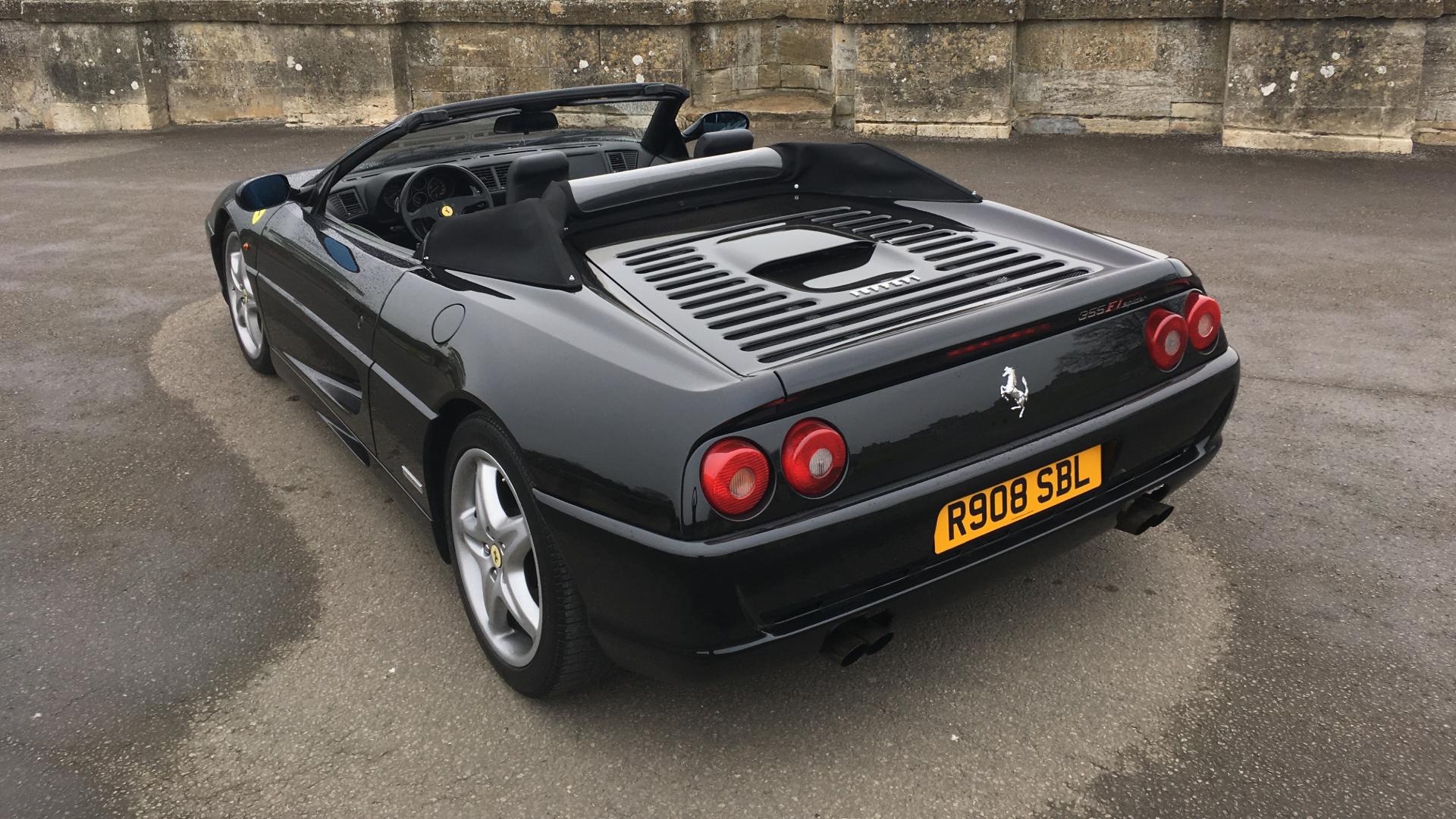 Ferrari 355 F1 Spider