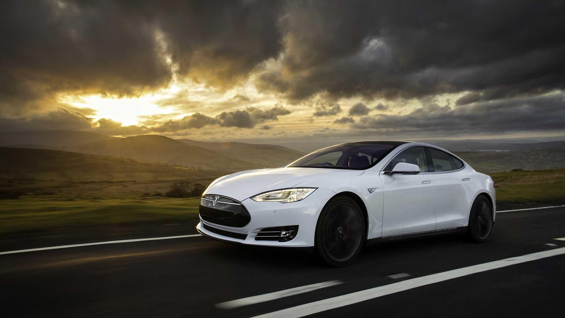 Tesla – 2003