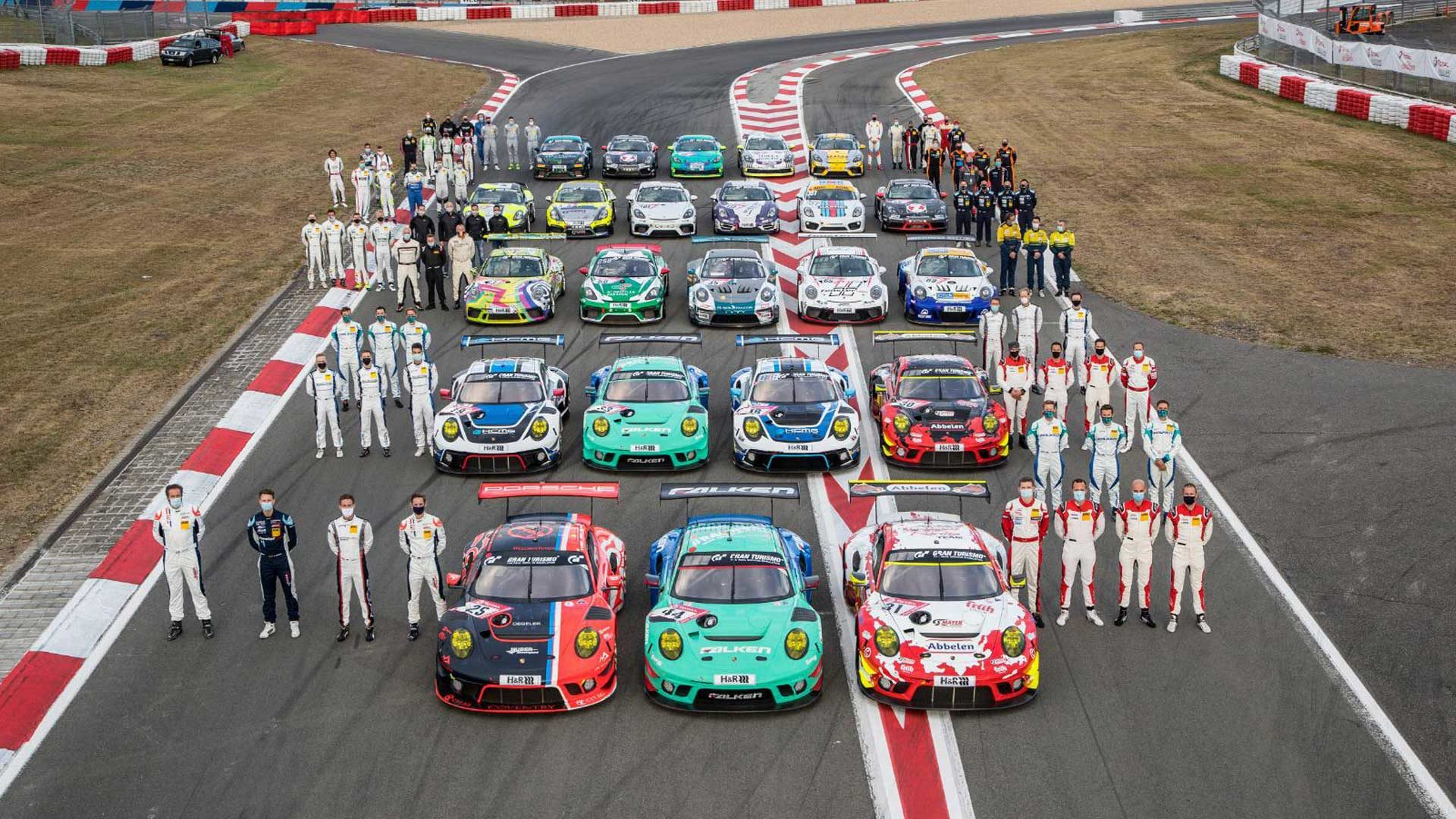 Porsche racers back from retirement