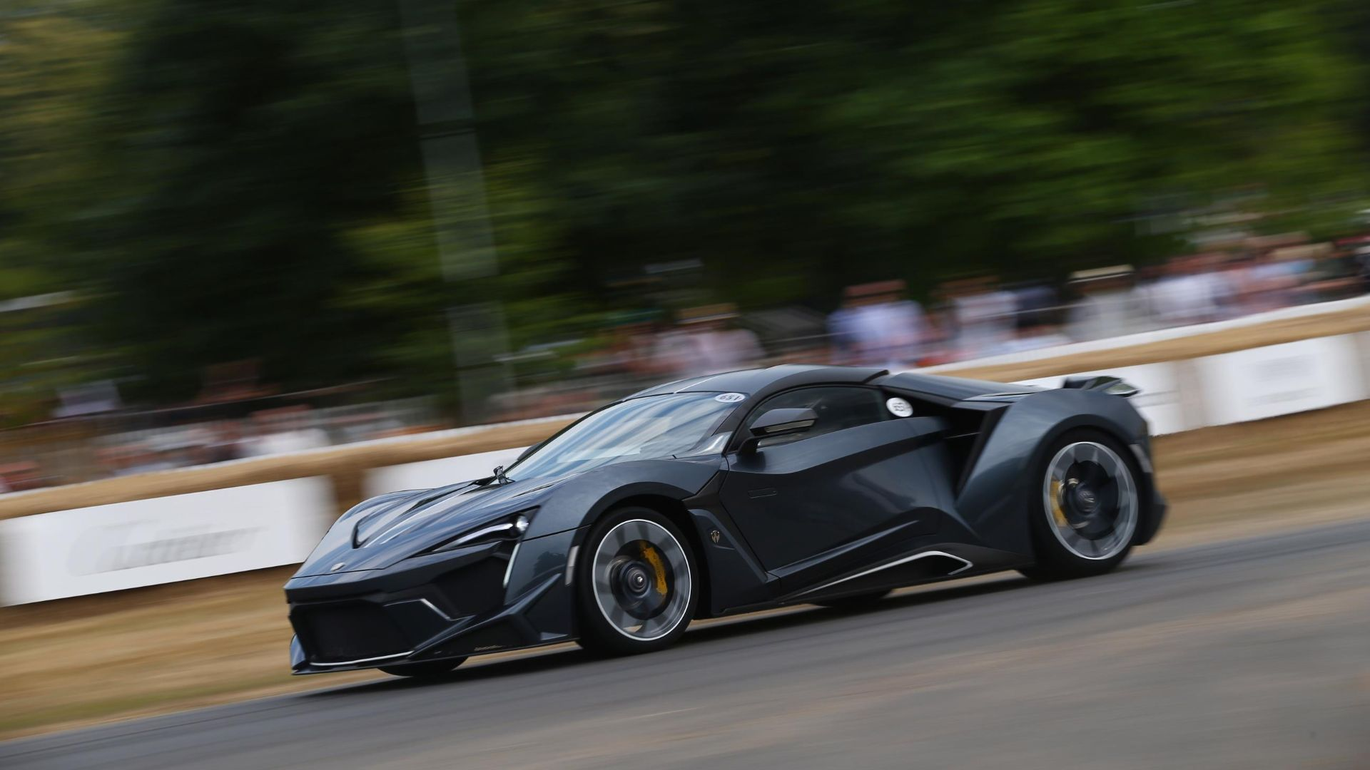 2017 W Motors Fenyr Supersport – 246mph