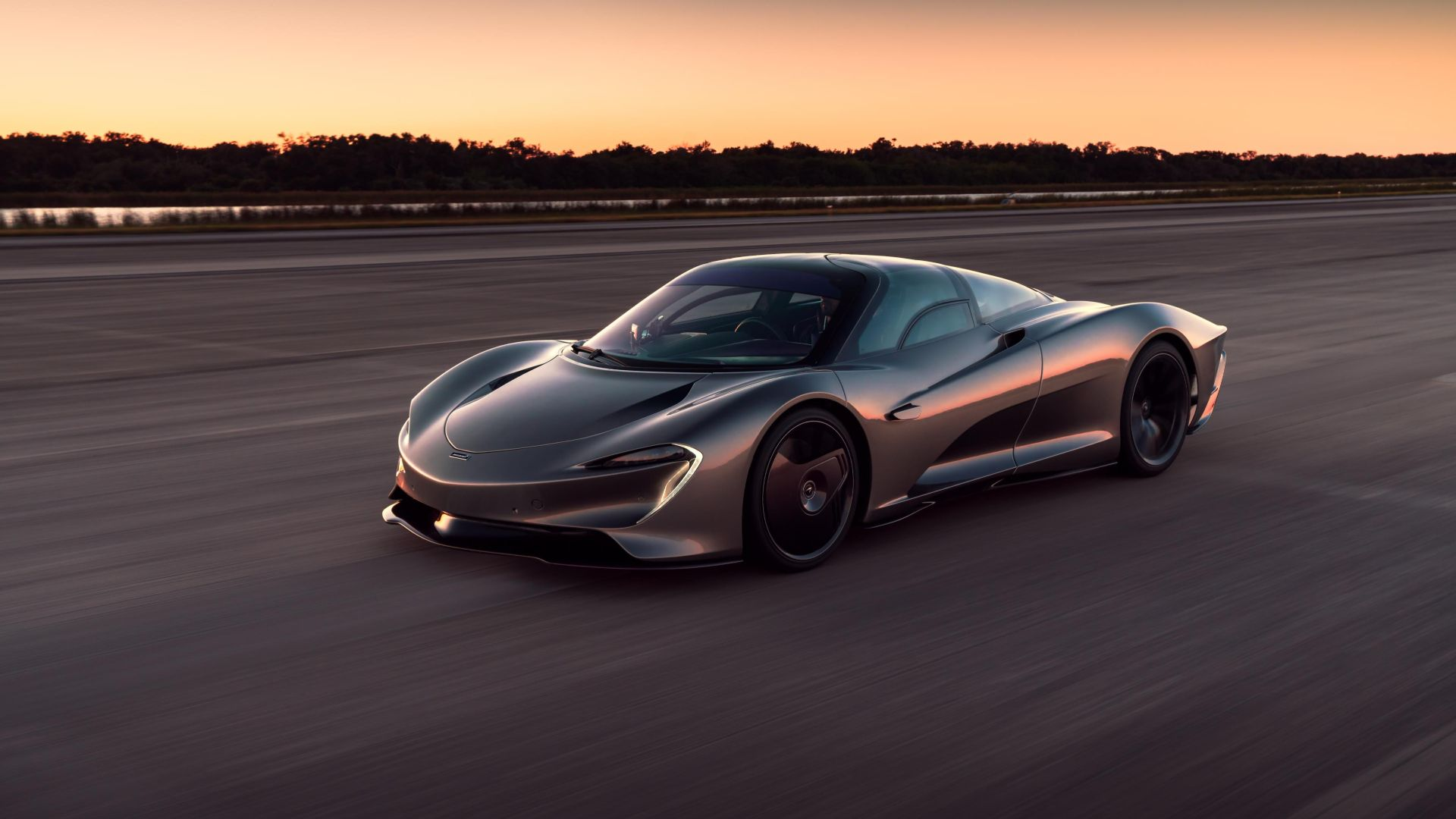 2020 McLaren Speedtail – 250mph