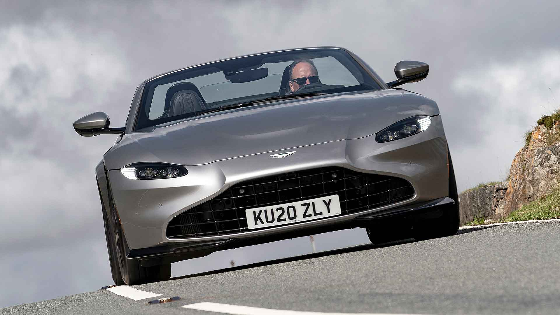 Aston Martin Vantage Roadster 2020 Review