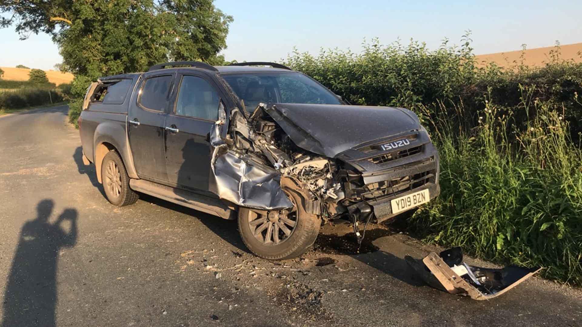 Isuzu D-Max car crash