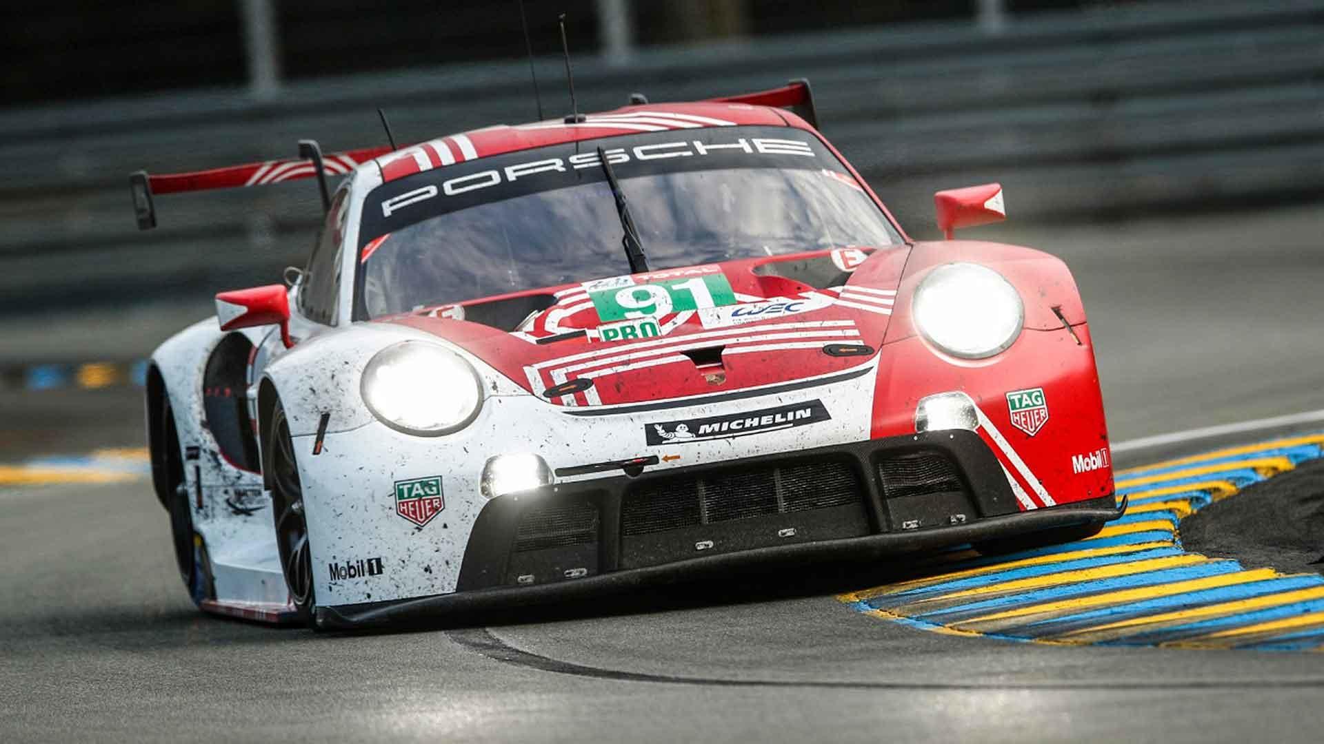 Porsche 911 racing at the 2020 Le Mans 24 Hours