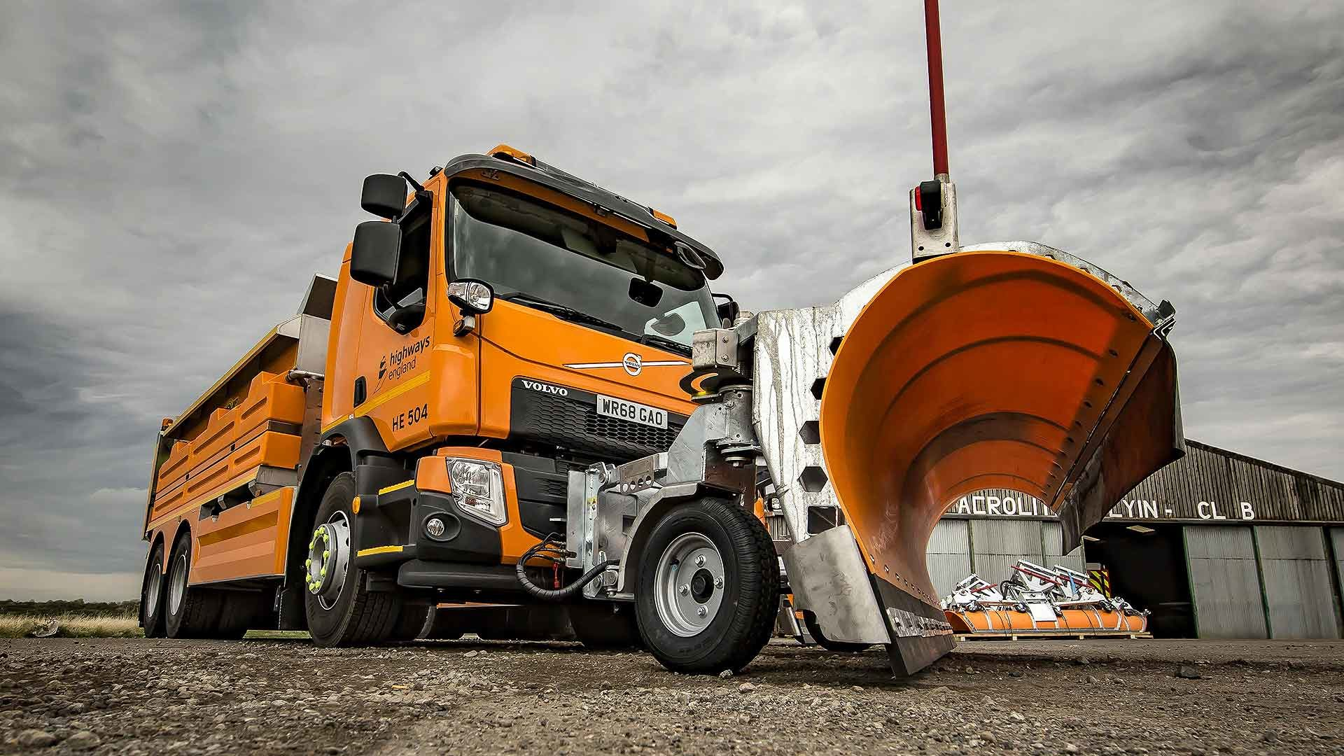 Highways England's high-tech new road gritter
