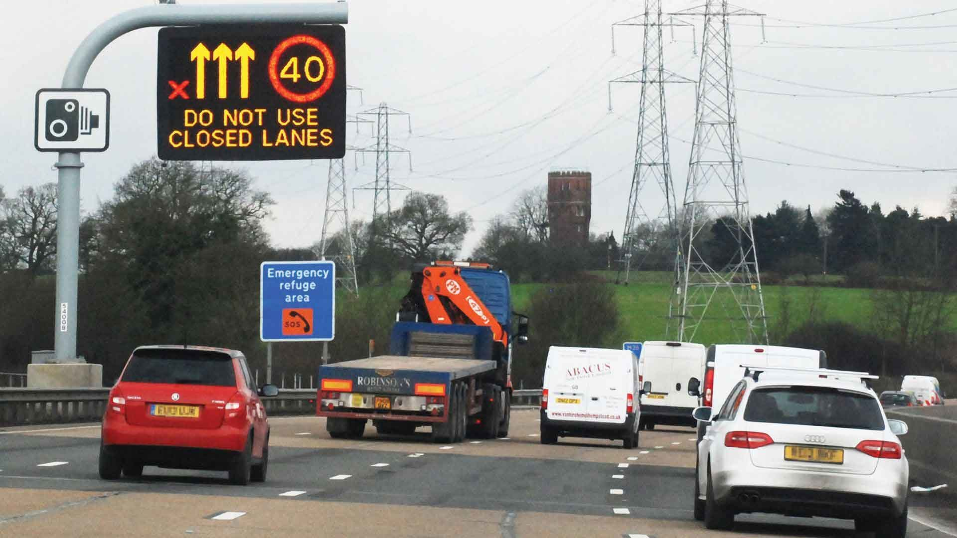 Smart motorway with all-lane running